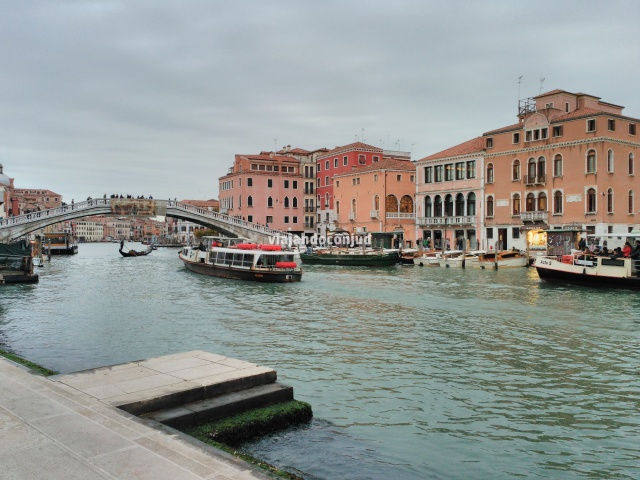 Ponte degli Scalzi sobre el Gran Canal